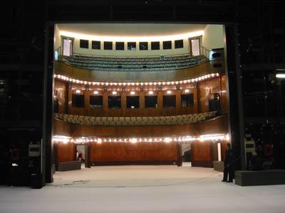 Das Hebbel Theater währnd der Belagerung Bartleby